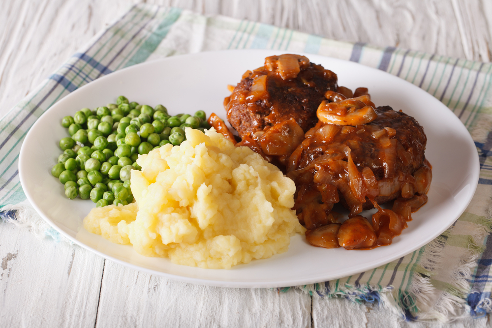 "This ""Very Best"" Salisbury Steak Recipe Will Satisfy The Toughest Critics"